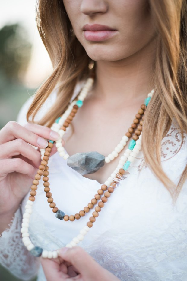 close-up-necklace